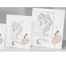 portafoto bianco in legno con ballerina