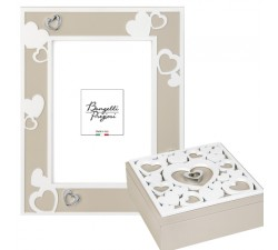 elegant frame with hearts, tortora, abbinate beautifully
